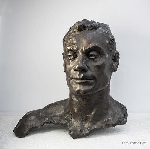 Skulptur av Øyvin Storbækken