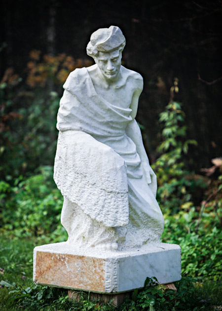 Hvit marmor VII av Øyvin Storbækken